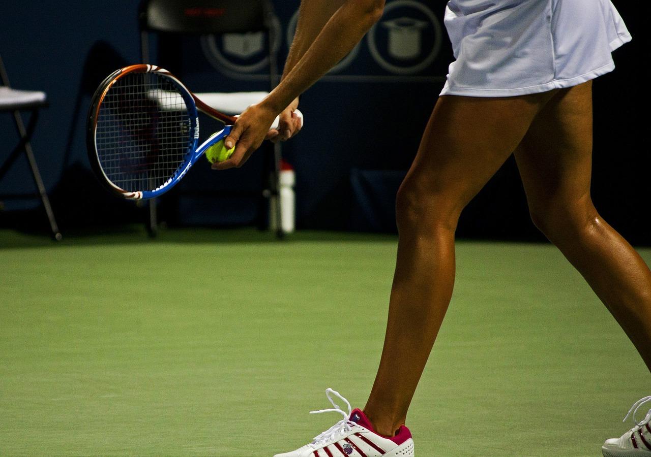 Tenisa derības - turnīri un tirgi